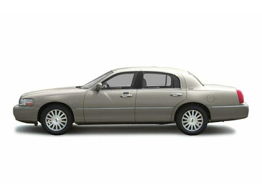 2003 Lincoln Town Car Signature in Evansville, IN